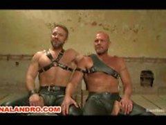 Chad Brock binds Zapped Caned och BDSM i fängelset