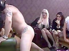 Domina Fetisch Hottie vor der ihren Freund gebumst