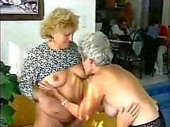 Grannys lezbiyen