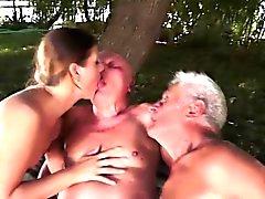 due nonni e a calda 19yo bimbo