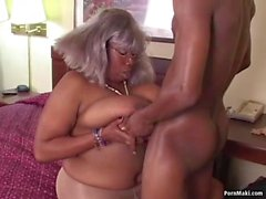 BBW Ebony Büyükannem