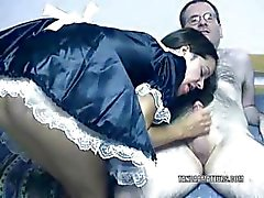 Kvav Maria klädd som en piga och rider en kuk