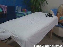 Ados juteuse massages fille prise sur espion de came !