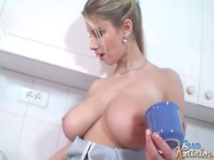Katerina Hartlova boobs play