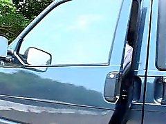 Garota de Taiwan é fodida em p1 carro - Kamikaze