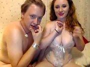 Redhead rider kuk som hennes bröst Bounce