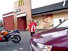 McDonalds sexo bei: Einmal das Fickmenu bitte