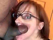 Horny hemmafru som för Layla Redd Slående en Karl hon bara möttes