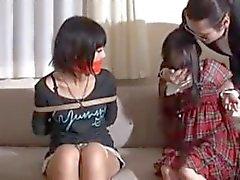 Japanilaisen tytöt kaapattu