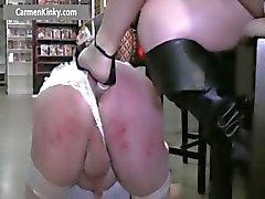 Kaksi Kinky MILF vitun jätkä hihna Osa 6
