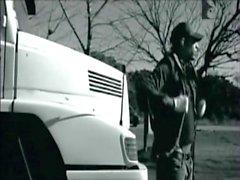 Ruta 69 Cap 1 HD - PlayboyTV