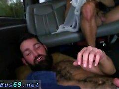 Две прямые парней голая вместе в душевой кабиной и минет д
