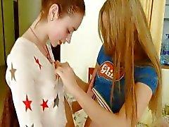 Natasha ja Ivana venäjä lezzs