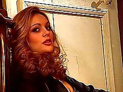 Anal med fin blondin Silvia Saint