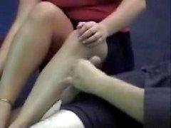 Pieds nus aux pieds nus
