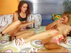 Belles jeunes filles de des lesbiennes