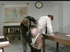 Professor fucks músculo jock estudante