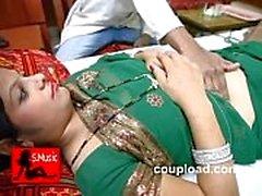 Kavita Bhabhi, Doktor'u baştan çıkararak sonra onu aldatıyor