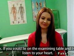 Hastanesinde doktor tarafından becerdin mat amatör