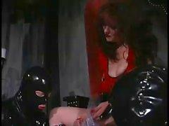 Rossa padrona e il suo Sissy Schiavi