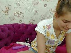 Slave blonde Live masturbiert Spielzeug auf Webcam zeigen