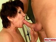 Hot sexe mature et éjac