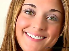 Castingcouch - HD Sally on hermostunut .