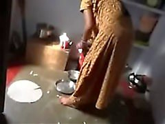 La criada india encantada por el dueño cuando la esposa no Home HINDI