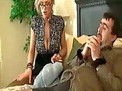 Uma senhora Cuckolding sujo desagradável Filthy - Katie Kox