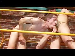 Bottom Breeders - Cena 1