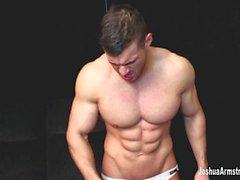 Мышцы Dom агрессивно Wrestling