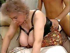 Enorme tieten Sexy oude rijpe
