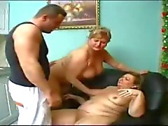 Thake confié mamie d'une garçon grand .