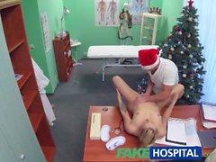 FakeHospital Doktor Bu yıl iki kez Santa cums