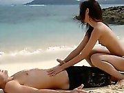 Plajda sevecen derece sıcak sevenler
