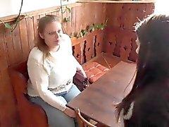 Coppia polacca vuole scopare il maturo