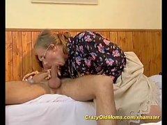 mãe cabeludo precisa de profunda anal