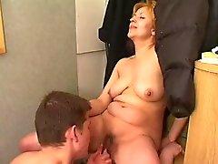 Sarışın büyükanne Hardcore Sex Videoları