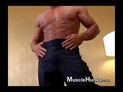 muscle twink blowjob