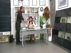 İtalyan Redhead Olgun ofis patron