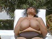 Alemão BBW- Granny com enormes -boobs Ar Livre