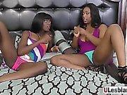 Passning arslet lesbisk slick och finger de har choklad mesar
