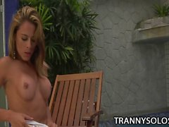 Kamila Smith A Cum Jerking Tranny Episode