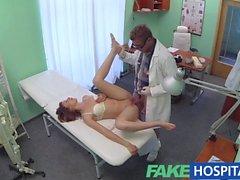 FakeHospital - Tesiste Doktor hünerlerini çalışan