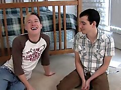 The Kiss boy tube Bayan arkadaş İlk defa Chris Sert Zemin Seth yağ bakıp