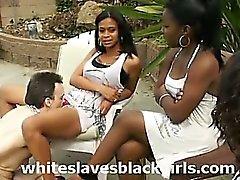 Esclavos de blanca lamen vagina negro