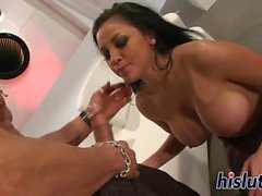 Audrey Bitoni receives a sensual ramming