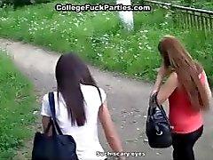 Studenten zitten in de kont sex speeltje