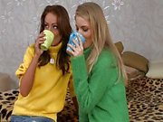 Cayenne Klein & Sophie Lynx triootje