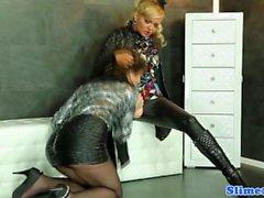 Glamour stronzi lesbiche Buco glorioso cas con strapon